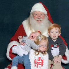 13 Of The Funniest Children And Babies Scared Of Meeting Santa For the First Time