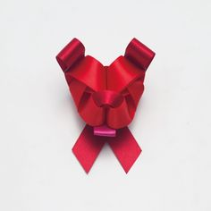 Ribbonesia. How lovely would this be on Christmas gifts??
