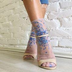 7 Stylish Ways of Wearing Sandals with Socks Like a Pro Sheer Socks, Lace Socks, Socks And Heels, Ankle Socks, Mesh Socks, Fashion Socks, Sock Shoes, Beautiful Shoes, Chic Outfits