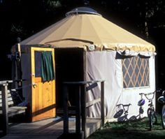 oregon camping - yurts, cabins, & teepees -- yurts are the best!!! Aww I haven't gone camping in a year.. I miss it!