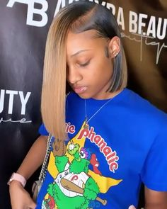 # fishtail Braids videos ♛ ͢ Baddie Hairstyles, Black Girls Hairstyles, Weave Hairstyles, Short Sew In Hairstyles, Hairstyles Pictures, Ponytail Hairstyles, Birthday Hairstyles, Curly Hair Styles, Natural Hair Styles