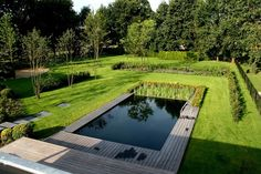 Bio-Pool in den Niederlanden mit klaren Formen Swimming Pools Backyard, Ponds Backyard, Swimming Pool Designs, Natural Swimming Ponds, Natural Pond, Pond Design, Landscape Design, Casa San Sebastian, Outdoor Pool