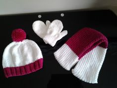 Tuque et foulard deux tons. Knitted Hats, Winter Hats, Creations, Knitting, Fashion, Two Tones, Headscarves, Knit Hats, Moda