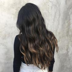 "418 Likes, 7 Comments - Nine Zero One (@ninezeroone) on Instagram: ""Just a touch of shimmer. ✨ By @hairbytabitha. #901girl #ninezeroone"""