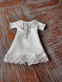 Turning An 80s Wedding Dress Into Something Pretty Angel Gowns For Wings Of Lake