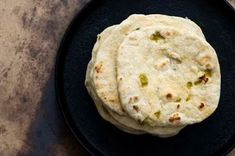 Hatch chile flour tortillas from Homesick Texan Mexican Dishes, Mexican Food Recipes, Real Food Recipes, Cooking Recipes, Yummy Food, Mexican Cooking, Vegetarian Recipes, Burritos, Enchiladas