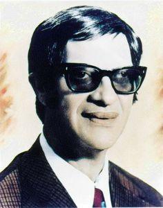 Francisco de Paula Cândido, mais conhecido como Chico Xavier, foi um médium, filantropo e um dos mais importantes divulgadores do Espiritismo.