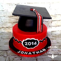 Dysart Highschool Grad cake, Red Black & White