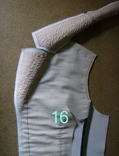 The Great Coat Sew-Along: Shaping the Lapels and Collar: a tutorial from Paco Peralta That is a beautiful rolled lapel