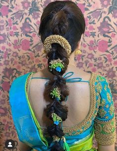 Indian Hairstyles For Saree, South Indian Wedding Hairstyles, Bridal Hairstyle Indian Wedding, Hairstyles For Gowns, Saree Hairstyles, Bridal Hair Buns, Bridal Braids, Bridal Hairdo, Braided Hairstyles For Wedding
