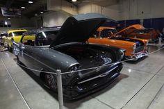 Bei Grand National Roadster Show. Es ist ein K&N Luftfilter für sie.