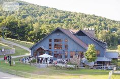Here are some of our favorite candid and natural photos from this Sugarbush VT…