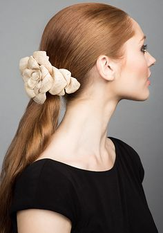 Rachel Trevor Morgan Millinery S/S 2015, R15105 Straw flower clip in natural