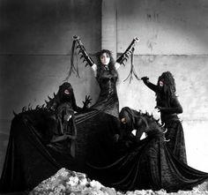 Dark Gothic Photo Gallery   Girls - Gothic art gallery