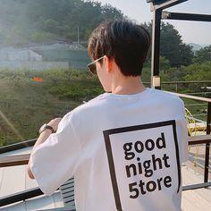 Korean Boys Hot, Asian Boys, Korean Ulzzang, Ulzzang Boy, Boy Fashion, Korean Fashion, Korea Boy, Pinterest Photos, Chinese Boy