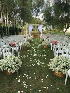 "We had previously discussed ""backyard"" and ""wedding"" decorations. This time we will combine a gorgeous garden wedding decor. Are you interested in backyard weddings? Planning this type of wedding may be the good idea for your wedding party. Wedding Ceremony Ideas, Budget Wedding, Wedding Tips, Wedding Planning, Simple Wedding On A Budget Backyards, County Wedding Ideas, Wedding Theme Ideas Unique, Garden Wedding Ideas On A Budget, Wedding Venues"