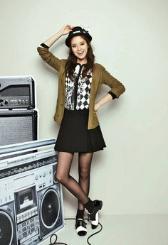 """""""Punk Girl"""" is YESSE's Fall 2013 Campaign title, and Song Ji Hyo makes a bold fashion statement for the brand's catalogue, combining prints with vibrant solids. Skirt Outfits, Fall Outfits, Casual Outfits, Cute Outfits, Asian Fashion, Girl Fashion, Kpop Fashion, Running Man Members, Korean Actresses"""