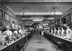 Museum of London - Victorian shops, Croydon branch Victorian London, Vintage London, Old London, Victorian Era, Vintage Shops, Edwardian Era, London History, Local History, British History