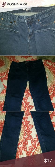 Skinny ankle jeans. These are same brand and style as my other listing of the 2  pairs for one price buy these are more of a navy color then a denim. Also size 30 waist or 10 woman. These are also longer so can be worn full length or cropped. Super stretchy and fitting got many compliments when I wore these I was,also skinny hense reason to sell. Excellent condition no stains or flaws.  Don't like my price offer yours! Stylus Jeans