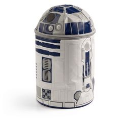 Star Wars R2-D2 Lunch Bag with Sound and Lights - nobody does it better than R2!  #starwars #sw7x7 #StarWars