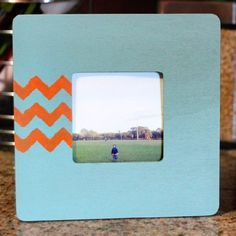 Looking for something to do with your Instagram prints? Use spray paint to transform a used frame into a tiny treasure.