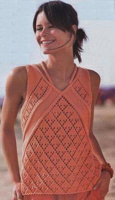 Топ с диагональными узорами вязаный спицами | петелики Summer Knitting, Lace Knitting, Knitting Stitches, Knitting Patterns, Knit Cardigan, Knit Dress, Knit Fashion, Hobbies And Crafts, Crochet Top
