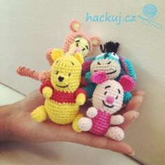Crochet Amigurumi Free Patterns, Crochet Hats, Hello Kitty, Toys, Bedroom Organization, Animals, Knitting Hats, Activity Toys, Bedroom Organisation