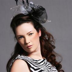 White+and+Balck+Fascinator++crin+headpiece+by+CustomHairAccessory,+£35.00