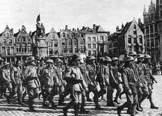 British POW of Strandfest paraded at Brugge on 11/7/1917