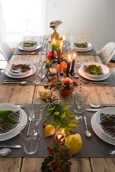 Herbstliche Tischdeko einfach und günstig nachmachen. Mit diesen drei Tipps gelingt die perfekte Tischdekoration für den Herbst im Handumdrehen.