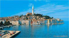To piękne miejsce na obrazku obok to nic innego jak romantyczne miasteczko Rovinj - położone na półwyspie Istria. To jedno z moich najbardziej ulubionych miejsc w Chorwacji. #chorwacja #istria #rovinj http://miasta.pw/chorwacja/rovinj