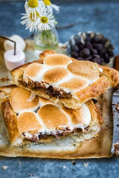Three Ingredient Giant S'mores Tart – ready in less than 15 minutes and totally…