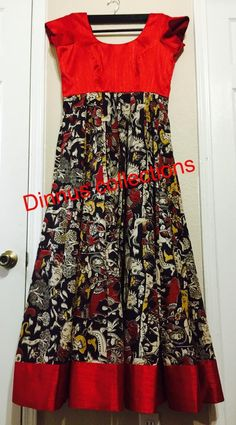 great color combining when you don't have enough fabric for the whole dress? Kalamkari Designs, Churidar Designs, Kurti Neck Designs, Dress Neck Designs, Blouse Designs, Kalamkari Dresses, Ikkat Dresses, Indian Designer Outfits, Designer Dresses