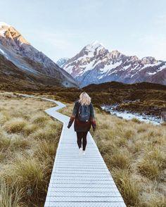 A walk to remember. #NZMustDo [📍Aoraki/Mount Cook National Park. ���