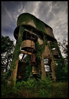 Beautiful Decay by cdenisr on @DeviantArt