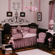 Baby girl Paris room