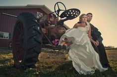 farm wedding, photo credit-WhiteSandImages  I want a picture on or by the tractor