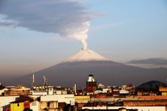 Volcano at Puebla @ SaraLauwers Diego Rivera, Mexico Travel, Mexico City, Mount Rainier, Travel Inspiration, Joker, Mountains, Places, Bergen