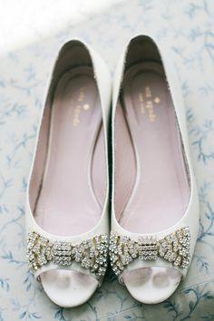 White bridal shoe id