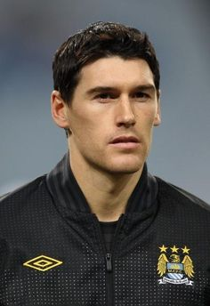 Gareth Barry questioning his future with Manchester City