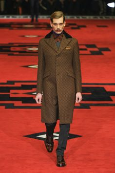 Prada goes Steampunk Fall/Winter men's fashion line, 2012-2013. Late Victorian / Early Edwardian Steampunk-inspired
