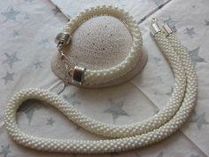biały komplet z koralików Toho 80