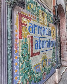 Farmàcia We have many 100 years old pharmacies in Barcelona, most of the decorated in We find them in our tours around the and the . Old City, Pharmacy, Year Old, Barcelona, Tours, Instagram, One Year Old, Old Town, Age