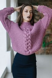 undefined – Knitting patterns, knitting designs, knitting for beginners. Knit Fashion, Look Fashion, Fashion Outfits, Knit Cowl, Knit Crochet, Ladies Tops Patterns, Hand Knitted Sweaters, Women's Sweaters, Knitting Designs