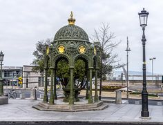 Victorian Fountain - Erected In 1900 To Commemorate The Visit Of Queen Victoria To Dún Laoghaire Victorian Drinking Fountain