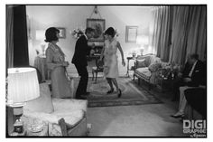 Jackie Kennedy dancing The Twist, 1962 (photo by Benno Graziani)