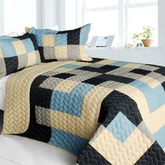 Russian Coffee 3PC Vermicelli-Quilted Patchwork Quilt Set (Full/Queen Size)