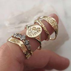 "Fine Jewelry Design on Instagram: ""Floral love 💐 #lilyanddahliajewelry #alternativebride #alternativeengagementring #vintagestyle #ringshot #ringspiration #etsywedding…"" Alternative Wedding, Bracelet Watch, Fine Jewelry, Jewelry Design, Watches, Bracelets, Floral, Accessories, Instagram"