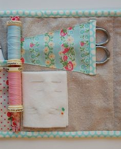 cute needle book/sewing kit