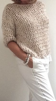 Pureme made for you sweater natural – Artofit Sweater Knitting Patterns, Knitting Designs, Knit Patterns, Free Knitting, Knitting Projects, Knitted Baby Cardigan, Loose Knit Sweaters, Crochet Clothes, Knitwear